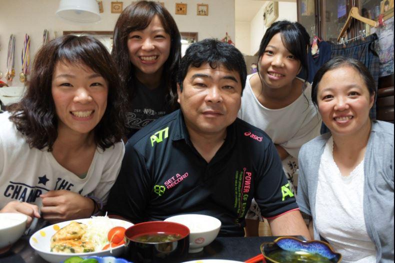川井梨紗子に彼氏はいるのか?強さの理由や家族の画像!