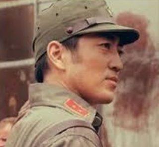 佐野ひろが演じる日本兵