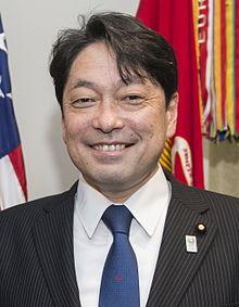 小野寺五典議員が防衛大臣へ返り...